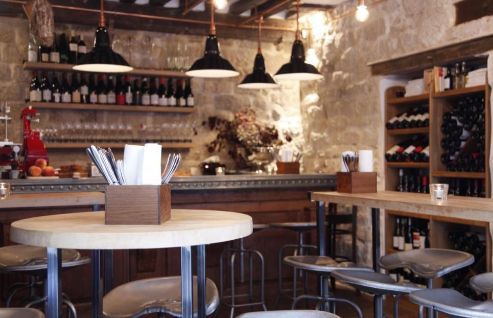 Le bar à vin du Frenchie, la bonne adresse du Sentier