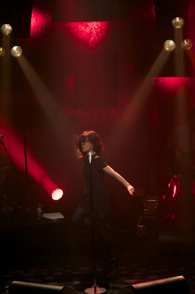 Clarika une chanteuse normale et très scène (Interview+ live report)