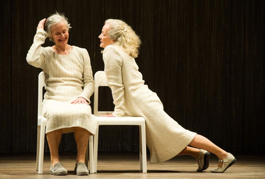 Le prix des boites, Jorge Lavelli emmène deux petites dames vers la mort