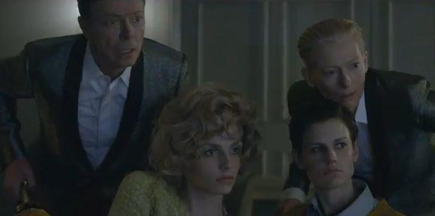 David Bowie : nouveau single, papy fait de la résistance