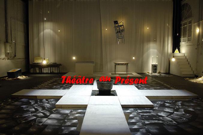 Théâtre au présent