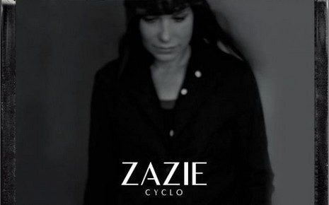 Nouvel album de Zazie, Cyclo. Merveille d'electro-pop intimiste. Un opus planant et lumineux