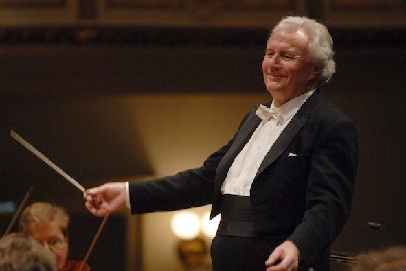 Décès du chef d'orchestre britannique emblématique, Sir Colin Davis