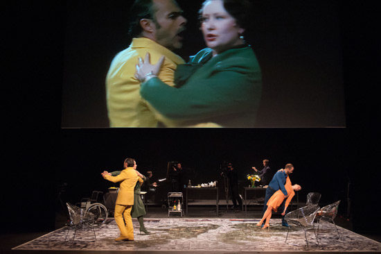 Aliados : Margaret Thatcher et Augusto Pinochet, personnages d'un opéra contemporain