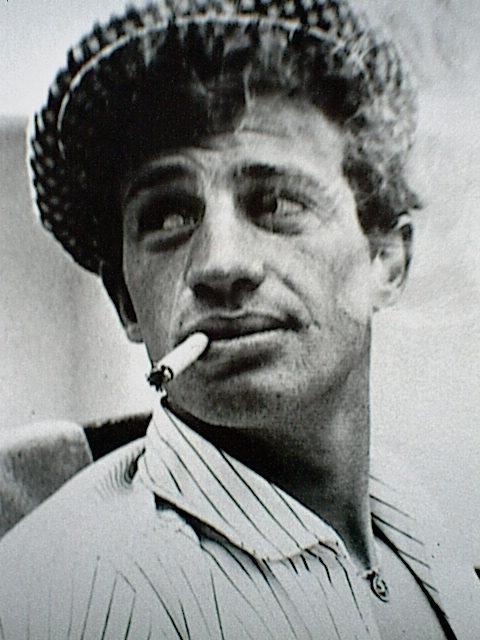 Jean Paul Belmondo : portrait d'un homme-monument du cinéma français