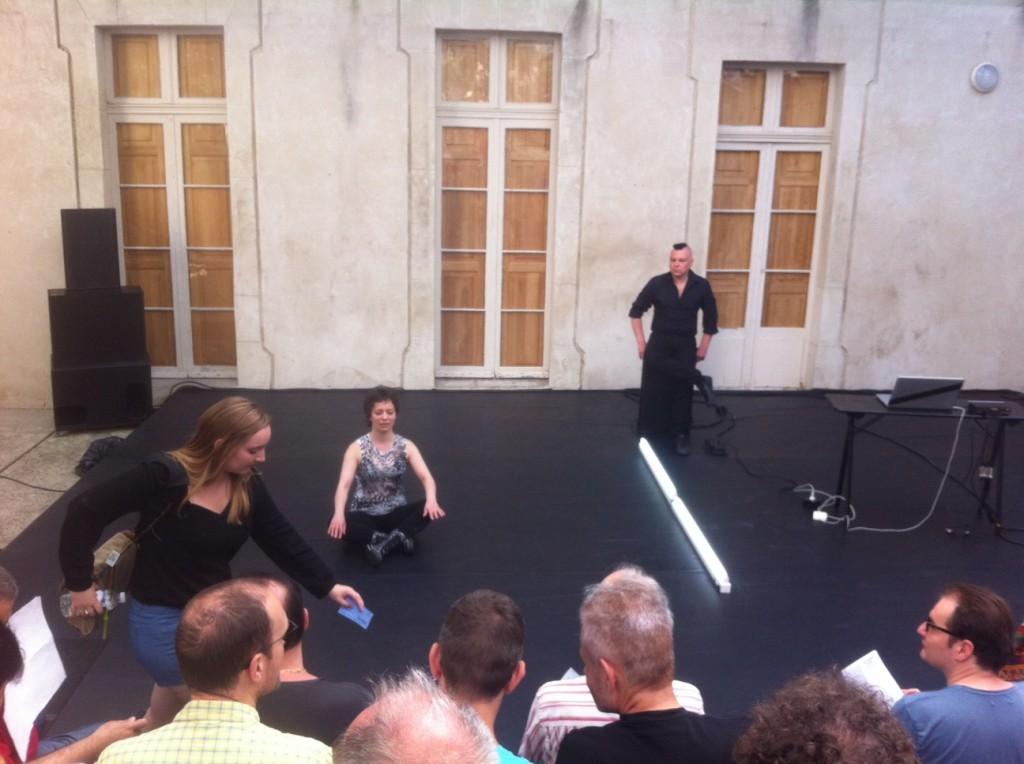 [Avignon Off] Myriam Gourfink, Nina Santes, Herman Diephuis, Aïcha M' Barek et Hfiz Dhaou dansent à La Belle scène saint-denis