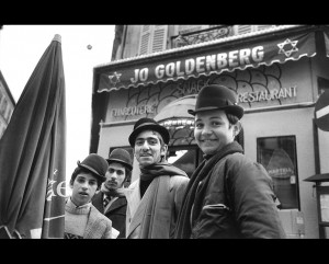 Alecio-de-Andrade-Rue-Ferdinand-Duval-1975
