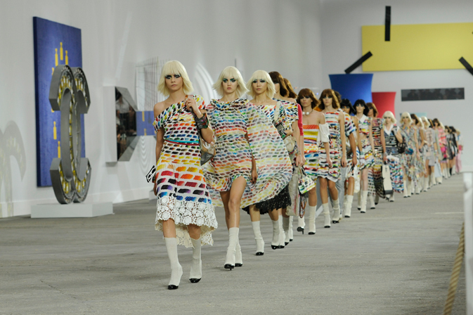 chanel-spring-summer-2014-ready-to-wear-show-pictures-20