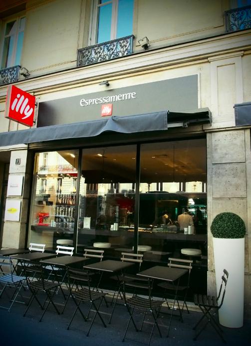 Espressamente Illy : « Food Collection », le snacking italien de luxe