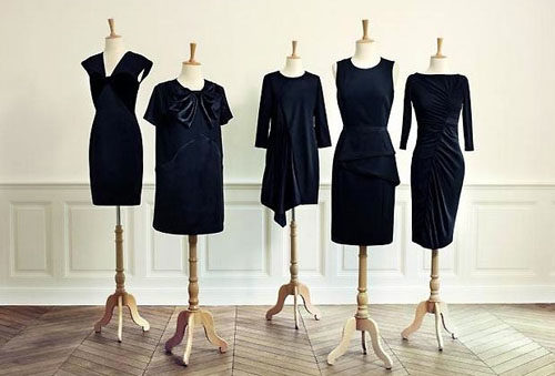 La petite robe noire revue par les créateurs, chez Monoprix