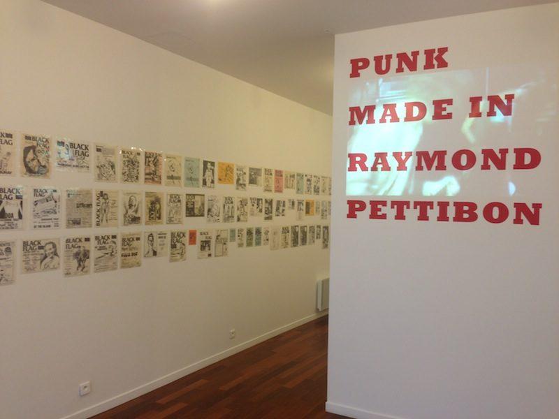 Punk Cabinet de curiosités : Made in Raymond Pettibon 1978 – 1986 à la Galerie Michèle Didier
