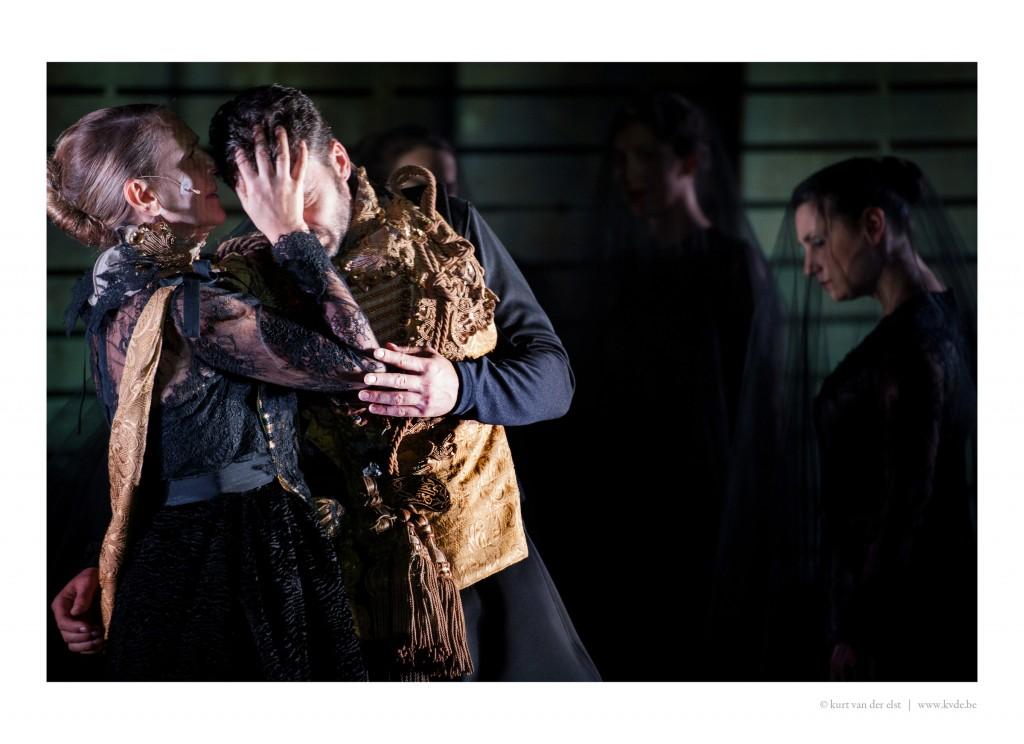 [Critique] MCBTH de Guy Cassiers pour NEXT Festival : Shakespeare réduit à sa plus simple expression