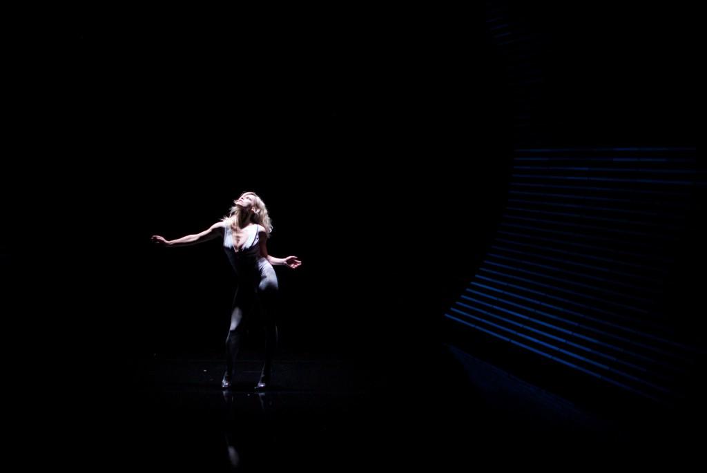 [Critique] « The Pyre », de Gisèle Vienne, au festival NEXT : éblouissant, assourdissant
