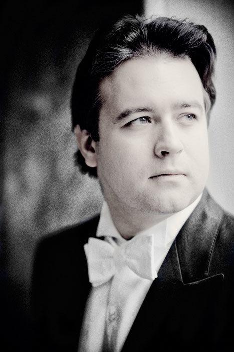 Alexei Volodine à la salle Pleyel : Numéro d'équilibriste et grand écart musical