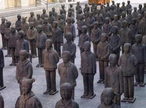 Prune Nourry-Terracotta Daughters © Marc Domage