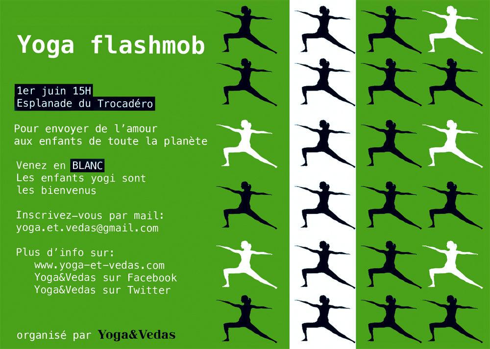 Yogas & Vedas organise une flashmob de yoga place du Trocadéro pour célébrer la journée internationale des enfants le premier juin
