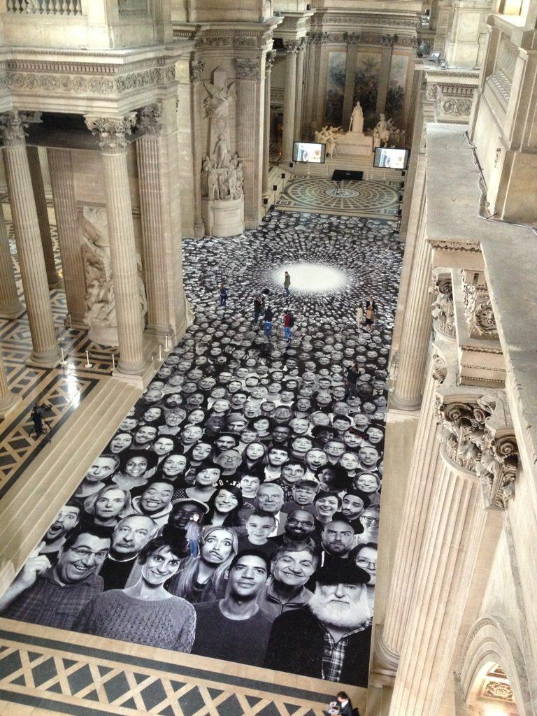 JR s'installe au Panthéon jusqu'au 5 octobre 2014