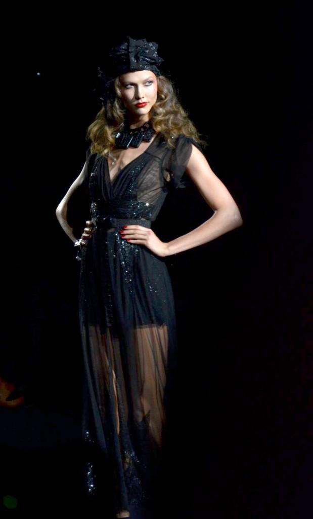Karlie Kloss, devient la femme parfaite à 21 ans !