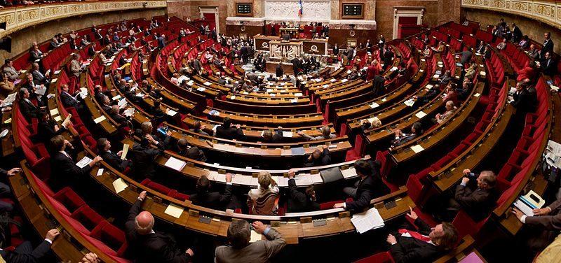 Le Parlement défend les librairies en France et vote le texte «anti-Amazon»