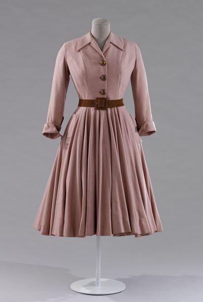 Musée Galliera – Les années 50 (la mode en France 1947-1957) – Une décennie pour faire rêver la mode