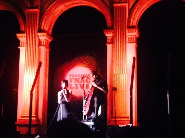 [Live-report] Arthur H et Emily Loizeau, deux concerts intimes et troublants au cœur de FNAC live