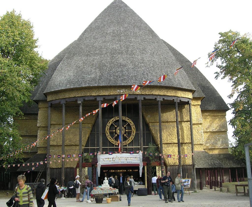 La grande pagode du Bois de Vincennes sur la voie de la renaissance