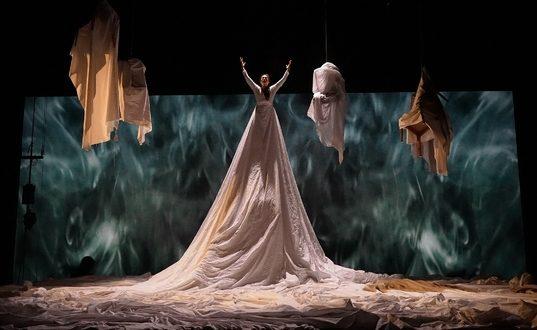 « Un jour » : l'avant-garde de Massimo Furlan amuse