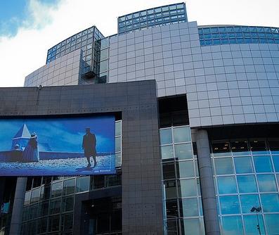 La loi anti-burqa sous les projecteurs à l'Opéra Bastille