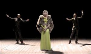 music hall et accordeon dans le theatre contemporain chanter linterdit et le temps assassin