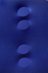 Quattro ovali blu, 2014, Acrylique sur toile extroflexe, cm 180 x 120 / in 70.9 x 47.2 Courtesy Tornabuoni Art
