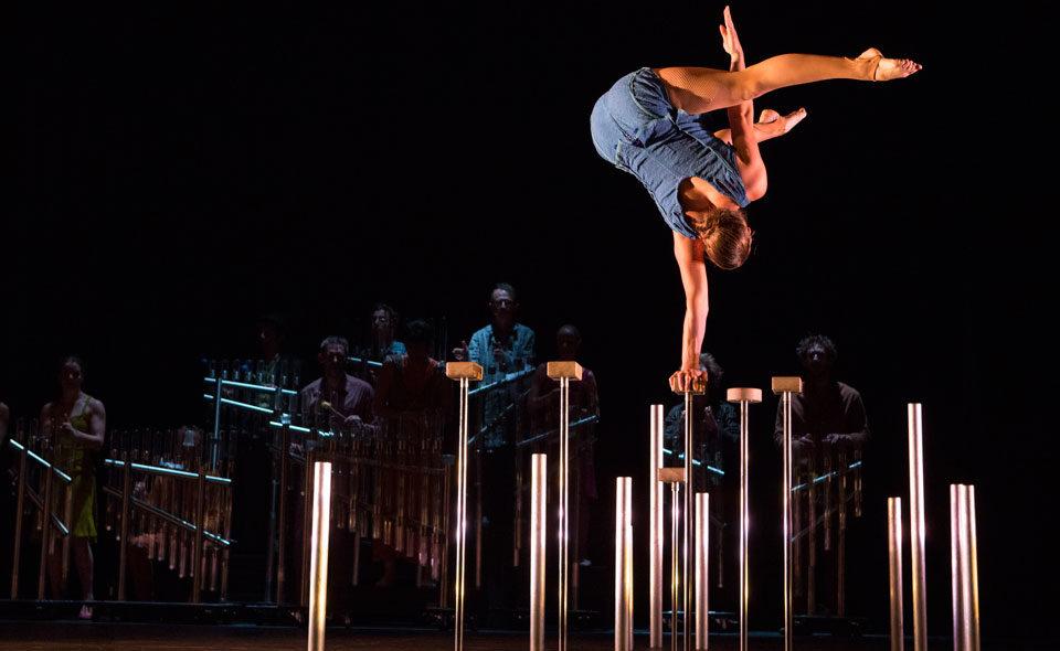 « Tempus fugit ? » : un cirque moderne et enchanteur, une petite éternité