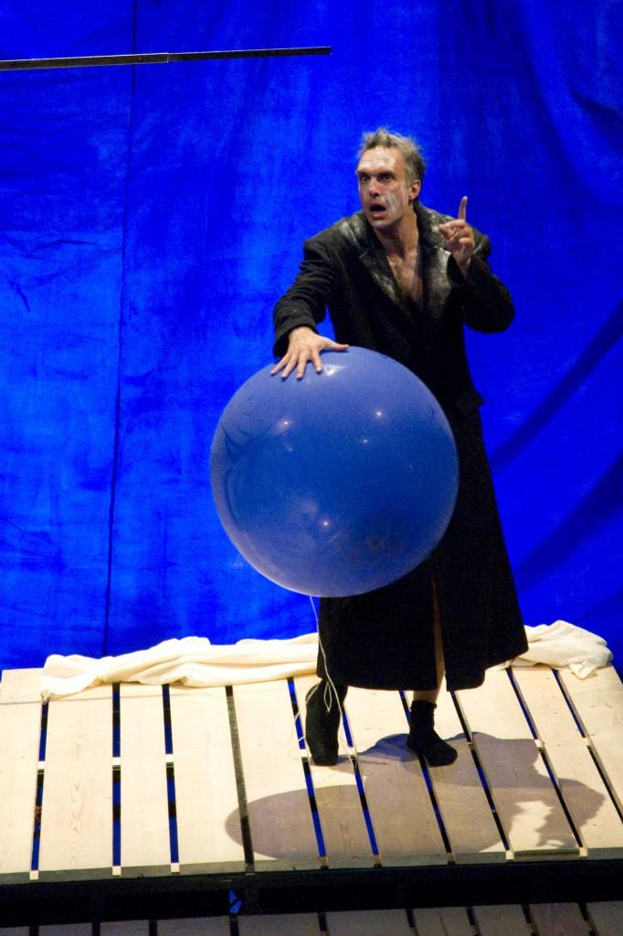 Sivadier reprend une jubilatoire «Vie de Galilée» au Théâtre du Nord