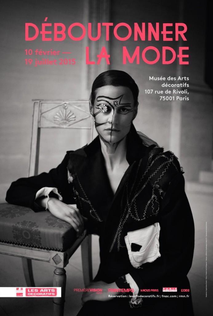 «Déboutonner la mode» aux Arts Déco