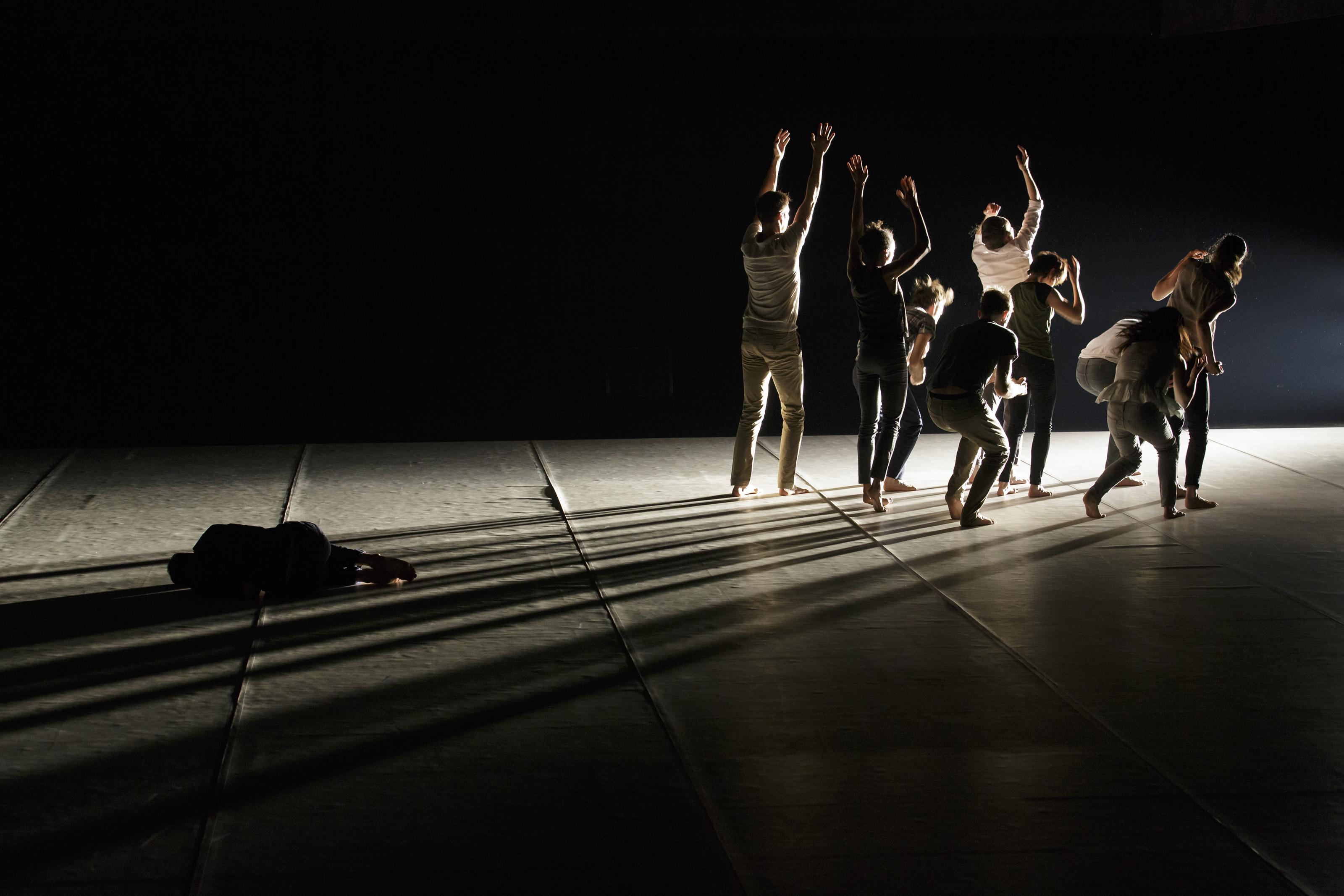 [Festival d'Avignon] Fabrice Lambert, «Jamais assez», une lumineuse beauté posée sur l'abject