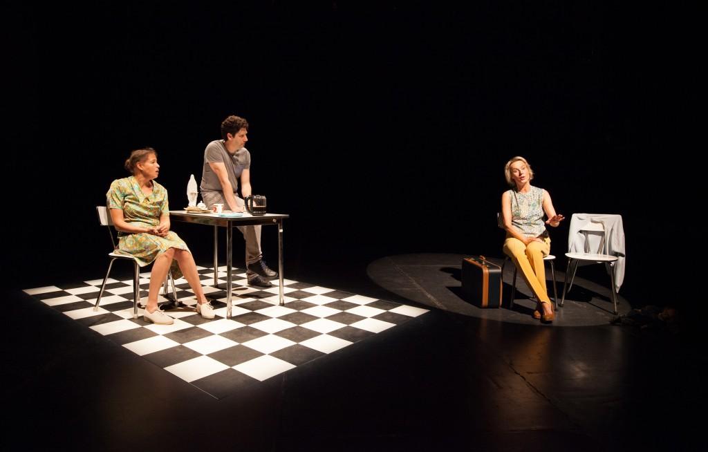 [Avignon Off] «Loin de Linden» : une histoire familiale tendre et drôle au Théâtre des Doms