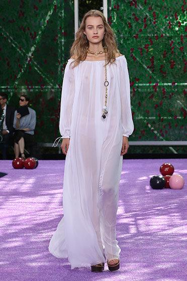 Défilé Dior automne-hiver 2015 : Raf Simons revisite le « jardin des délices »
