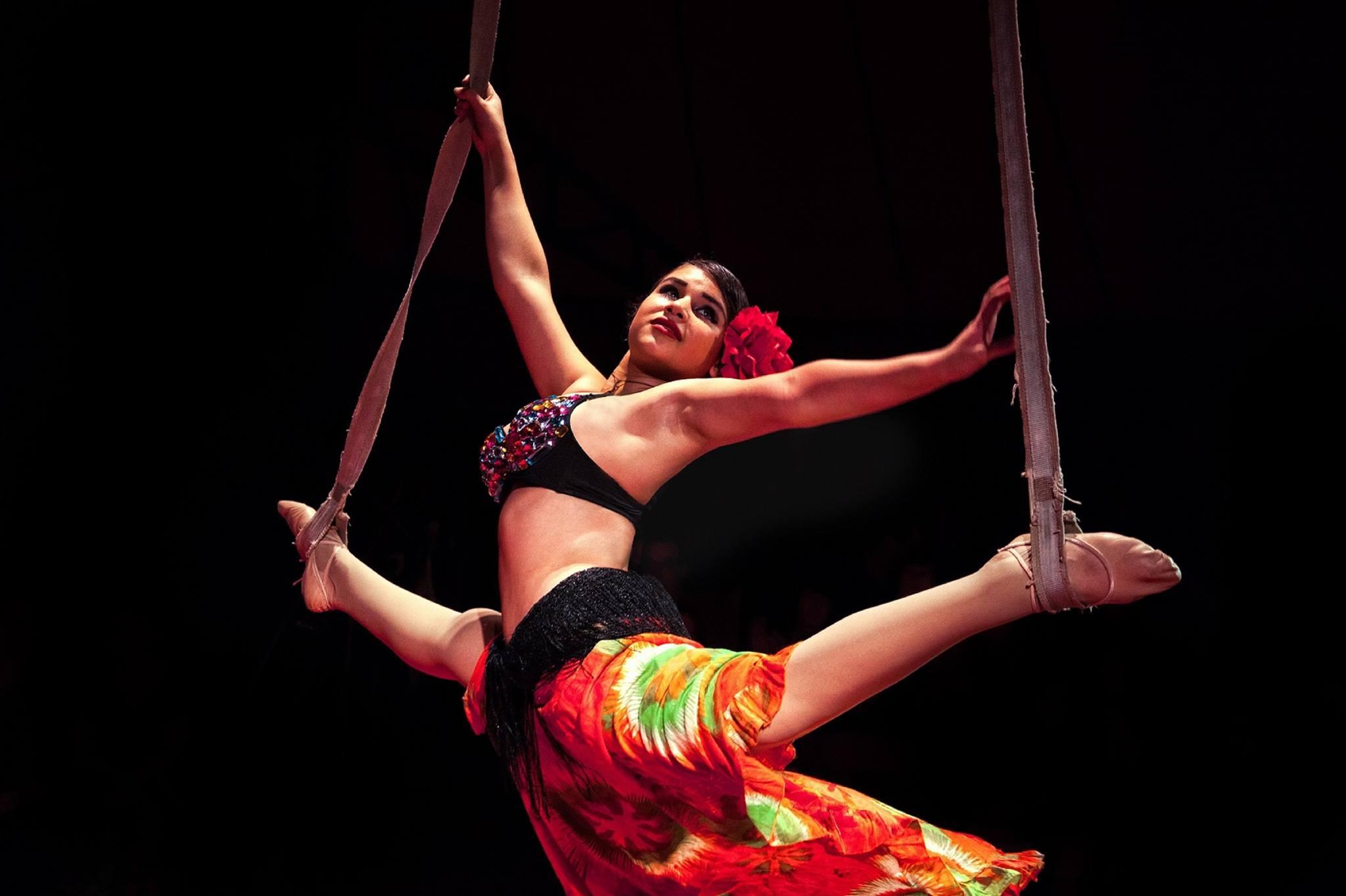 Fille dans le cirque nitro