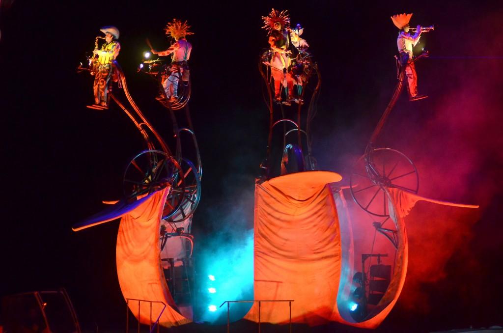 « Mù – cinématique des fluides » ouvre l'édition 2015 du Festival Mondial des Théâtres de Marionnettes