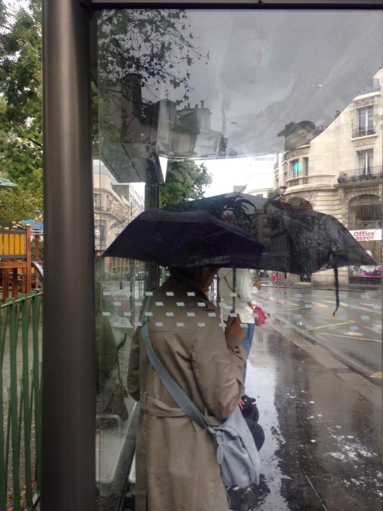 Abribusgate : JC Decaux et la Ville de Paris vont retoucher les abribus