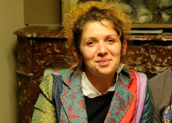 [Interview] Baya Kasmi, «Je suis à vous tout de suite»