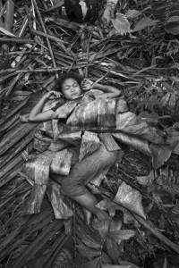 Jouer à dormir. Plawan- Courtesy Galerie Argentic © Pierre de Vallombreuse