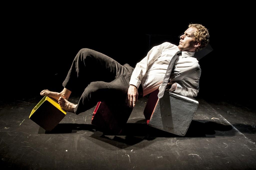 Sublime de maîtrise à la confluence des genres: «Encore une heure si courte» du Théâtre du Mouvement pour deux soirs au Vingtième Théâtre