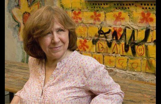 Svetlana Alexievitch remporte le prix nobel de littérature