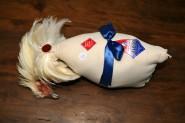 un poulet de Bresse prêt pour le concours
