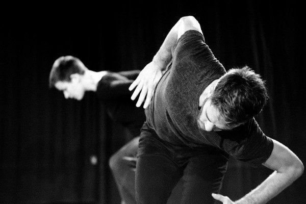 Parcelles de Nans Martin: Fragments d'une danse désincarnée