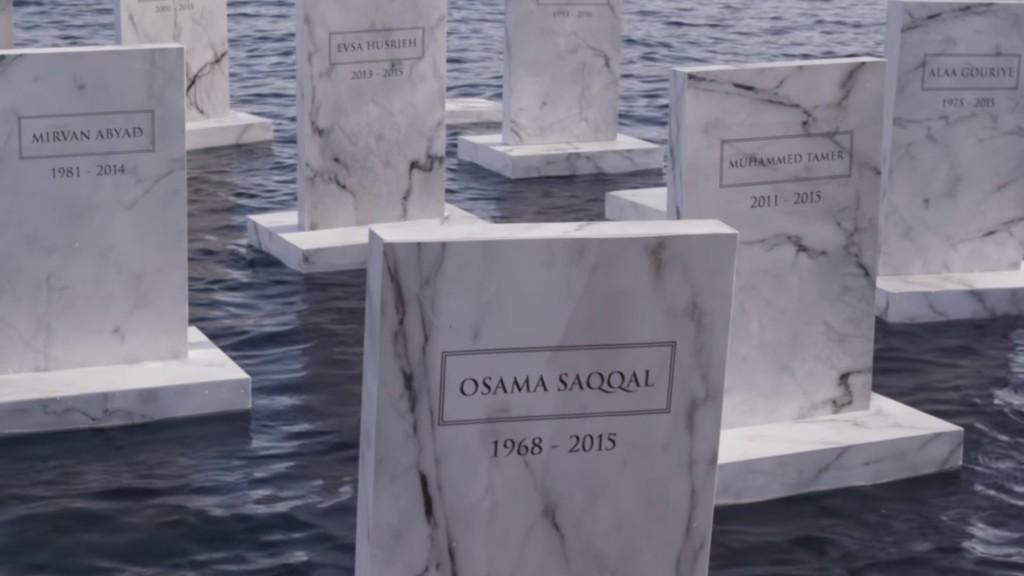 Un cimetière sur la mer en hommage aux réfugiés morts en Méditerranée