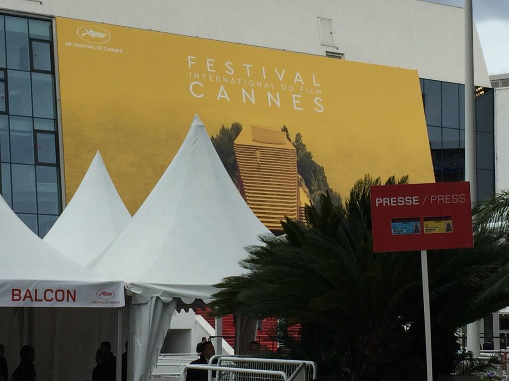 ,Cannes 2016, jour 3 : original «Ma Loute», bouleversante Soko, poétique «Neruda» et surprenant «Toni Erdmann»
