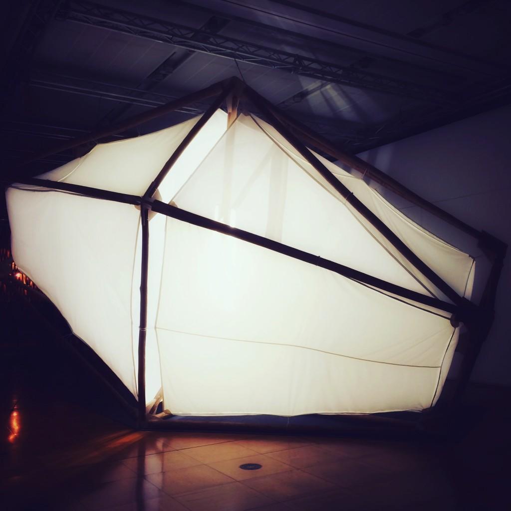 [Expo] «La Maison Magique» joue les oppositions à la Maison de la Culture du Japon à Paris