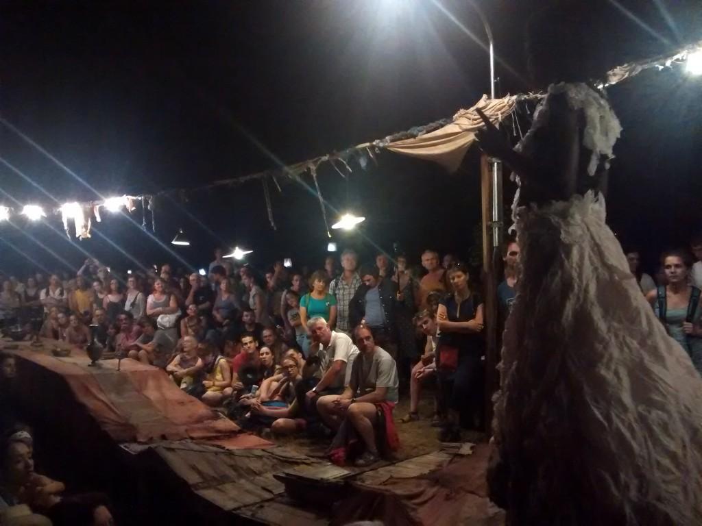 [Live Report Chalon Dans La Rue] Rara Woulib: régal des yeux pour radonneurs nocturnes!