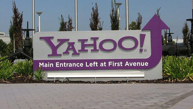 Yahoo ! en difficulté financière se fait racheter par Verizon